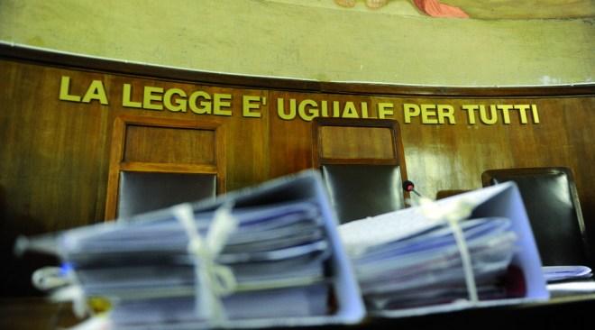 Sconto di pena per un 35enne di Pozzuoli, denunciato nel 2009 per ricettazione di assegni in Toscana