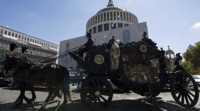 Quarto, interdittiva antimafia agli Eredi Cesarano per il funerale ai Casamonica