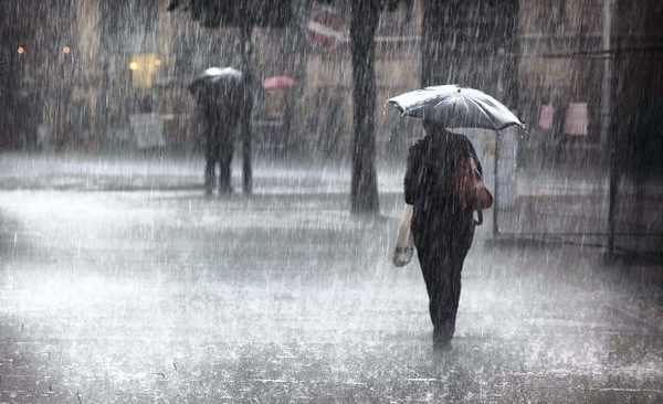 Campi Flegrei, nuova allerta: temporali e vento forte previsti per domani