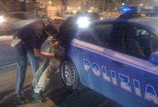Vende stupefacenti ad un minore, arrestato un pusher 23enne