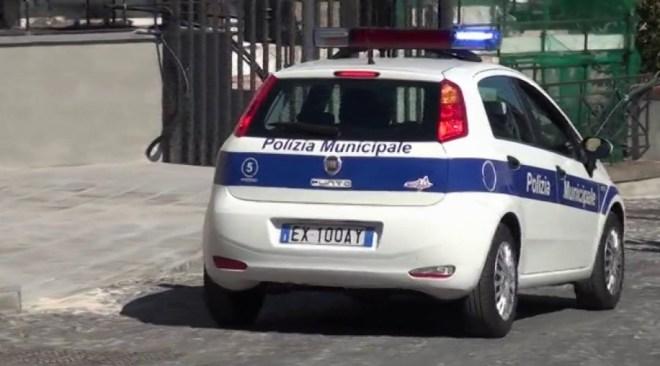 IL CASO/ Ingiunzione di demolizione per opere abusive a Monterusciello e via Napoli