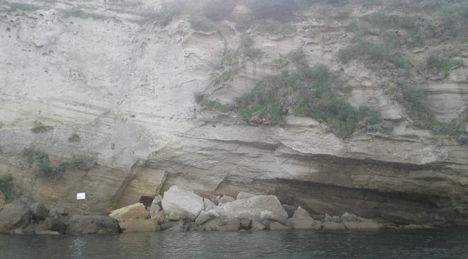 BACOLI/ Frana a Punta Pennata, zona interdetta dalla Guardia Costiera