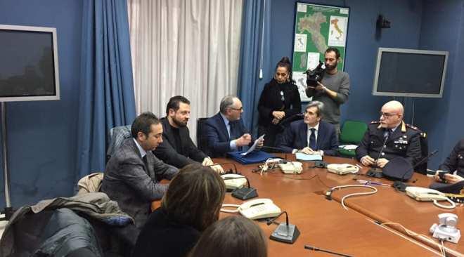 QUARTO/ Firmato in Prefettura l'accordo per contrastare l'abbandono e l'incendio di rifiuti