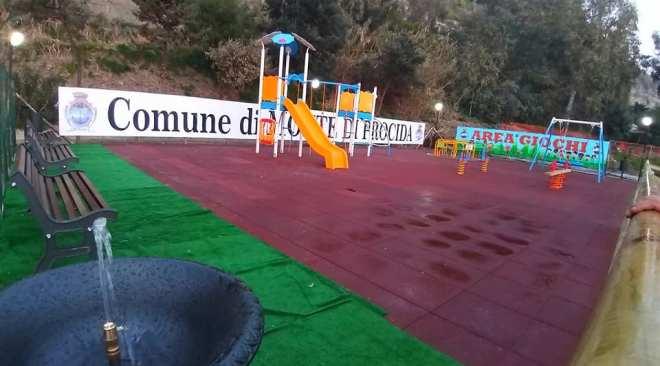 MONTE DI PROCIDA/ Ecco la nuova area giochi per bambini ad Acquamorta