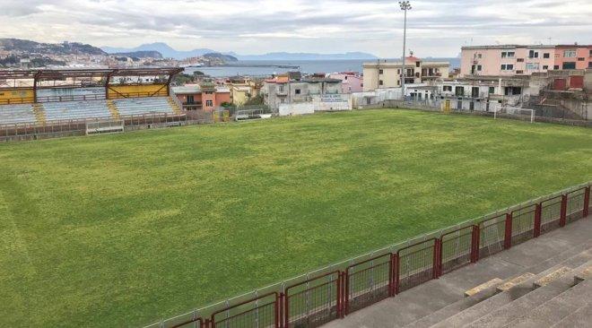 """CALCIO/ Il """"Conte"""" ritorna agibile, domenica c'è il derby Puteolana-Flegrea"""
