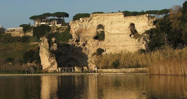 Turismo, la Campania prima regione del Sud per flussi turistici