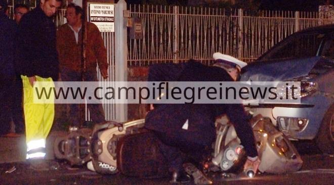 POZZUOLI/ Spaventoso incidente in via Campi Flegrei, ragazza di Bacoli in prognosi riservata