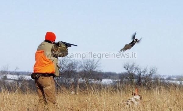 TRAGEDIA/ Parte colpo per sbaglio durante una battuta di caccia e uccide il padre