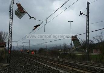 ULTIMORA/ Fulmine colpisce in pieno treno della Metropolitana di Napoli