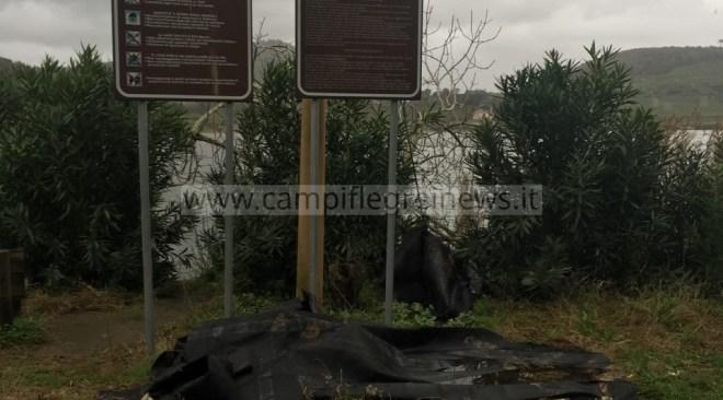 Lago d'Averno, amianto tossico: strada chiusa vicino alla Grotta di Cocceio - LE FOTO