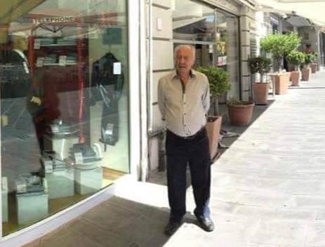 Pozzuoli piange Rino Simeone, noto commerciante del centro storico