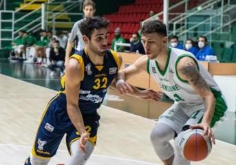 Basket – Nonostante le assenze la Virtus Pozzuoli non sbaglia contro Salerno e conquista il derby 74-64