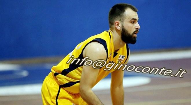 Basket| La Virtus Pozzuoli conquista due punti fondamentali al termine di una gara equilibrata contro Catanzaro
