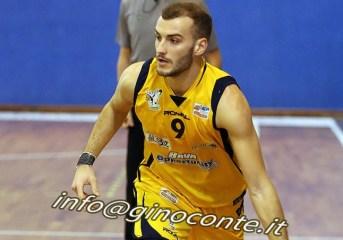 Basket| Virtus Pozzuoli: buona la prova contro Taranto, ma vince la capolista 66-55