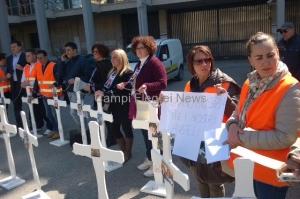 Protesta-famiglie-vittime-Monteforte-1.jpg