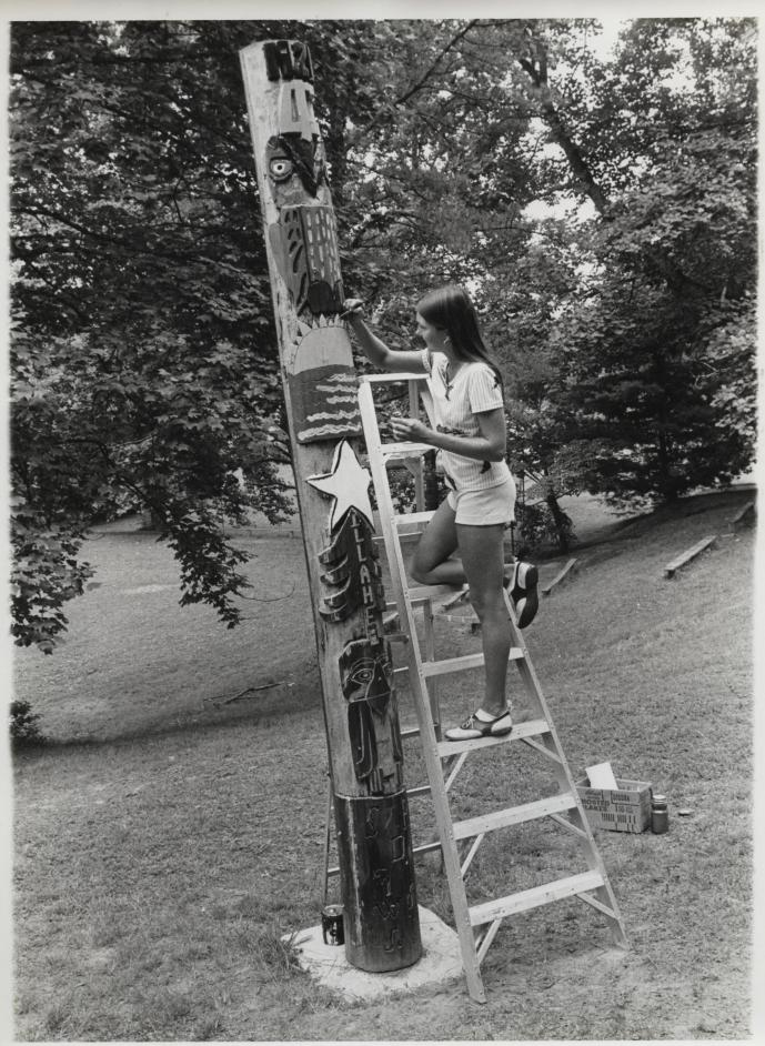 1974-first-totem-pole