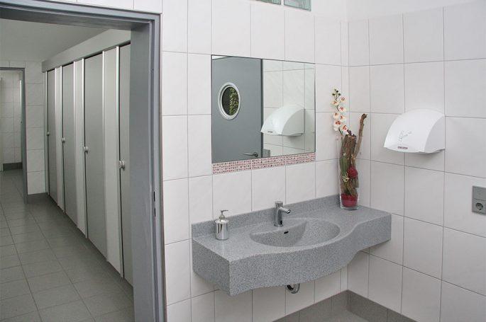 Saubere Sanitäranlagen Campingplatz Odenwald