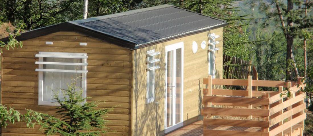 mobil_home_panormique_4_places_terrasse_bois_camping_les_cerisiers