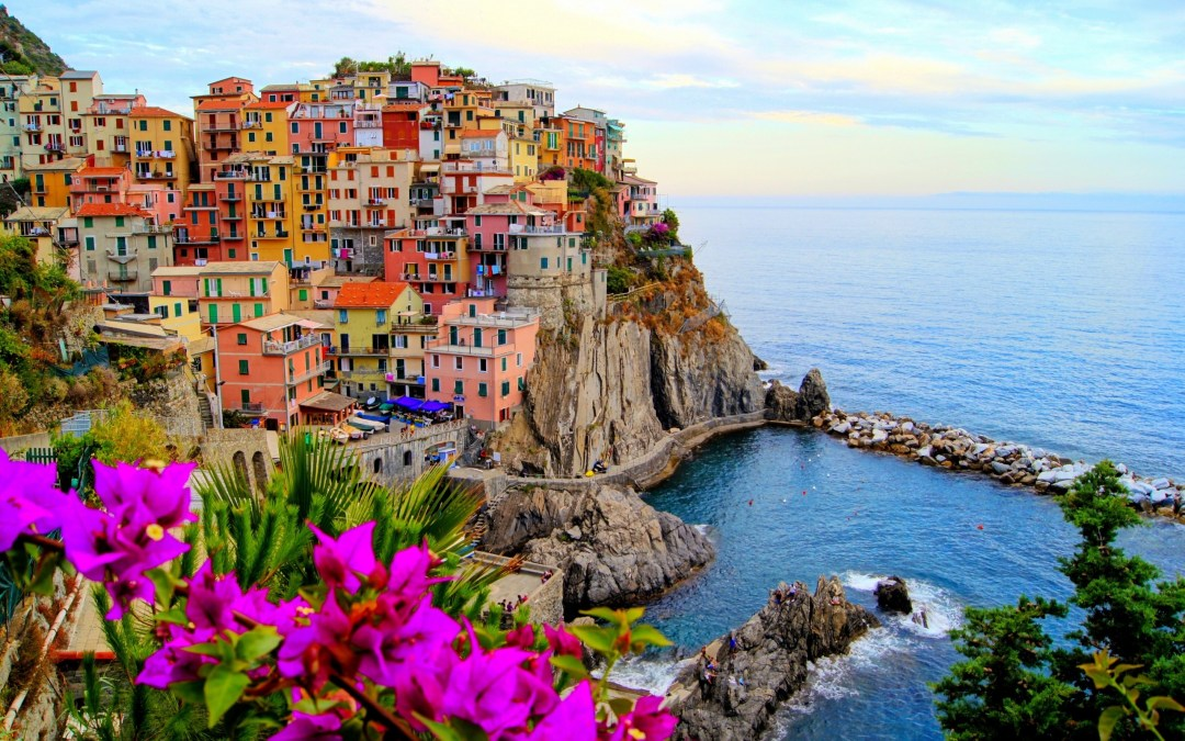 Cinque Terre, Italy (www.campingbellavista.nl) || beautiful places on earth