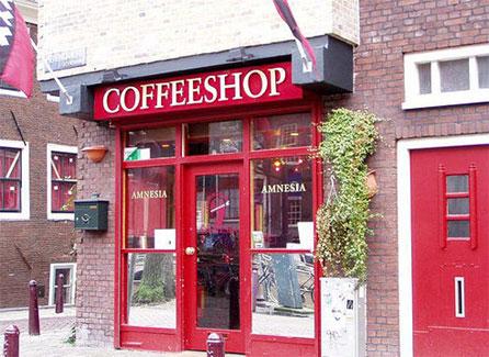 Coffeeshop i Amsterdam hvor det røykes marihuana