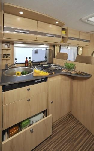 Kjøkkenet i Sunlight bobil T68