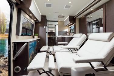 10-Leisure-travel-van-unity-les-plus-beaux-interieurs-camping-car