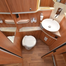 Camping-car-Hymer-Duo-Mobil-09