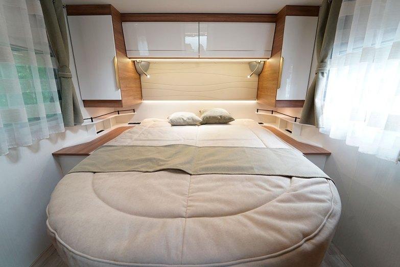 Pilote G 720 FC. Un lit de 150 cm de large, c'est suffisant pour bien dormir tout en préservant une bonne circulation.