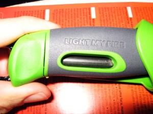 Coltello con acciarino FireKnife di Light My Fire