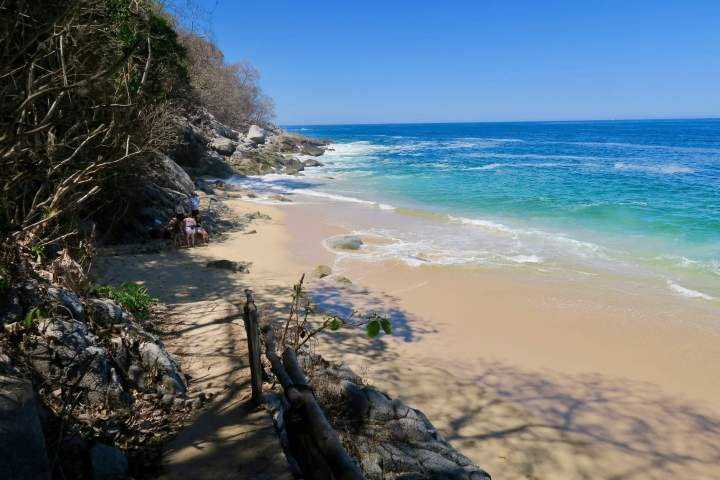 A nearly-private beach along the hike to Playa Las Ánimas