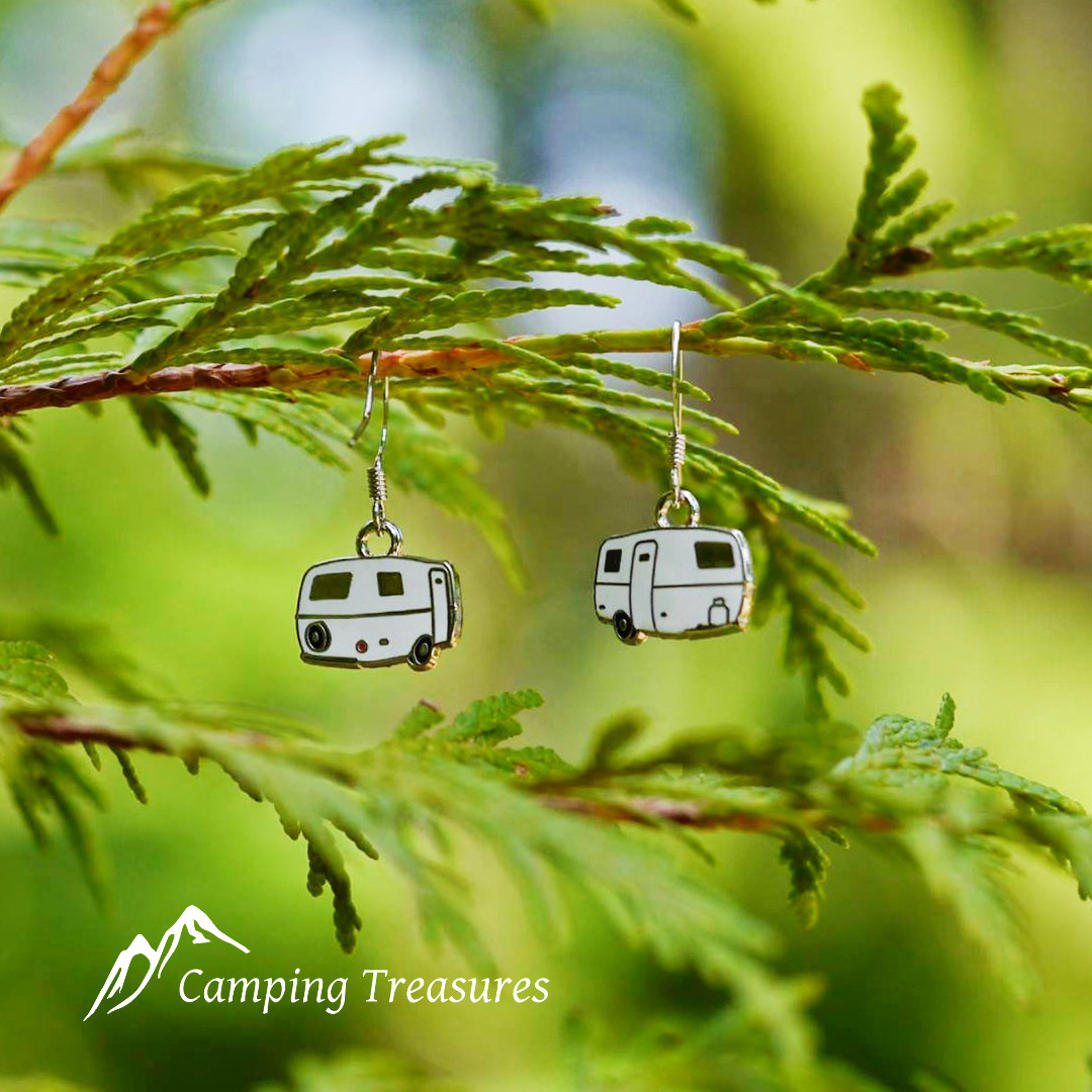 Earrings – Boler/Scamp – White