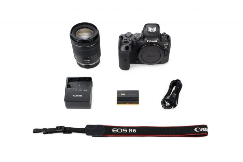 Canon R6 + 24-105 Lens whats in the box