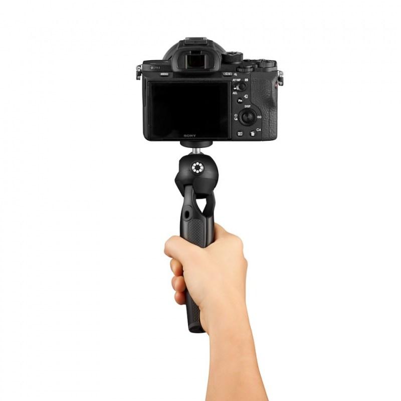 mini tripod joby handypod jb01555 bww with hand shooting forward