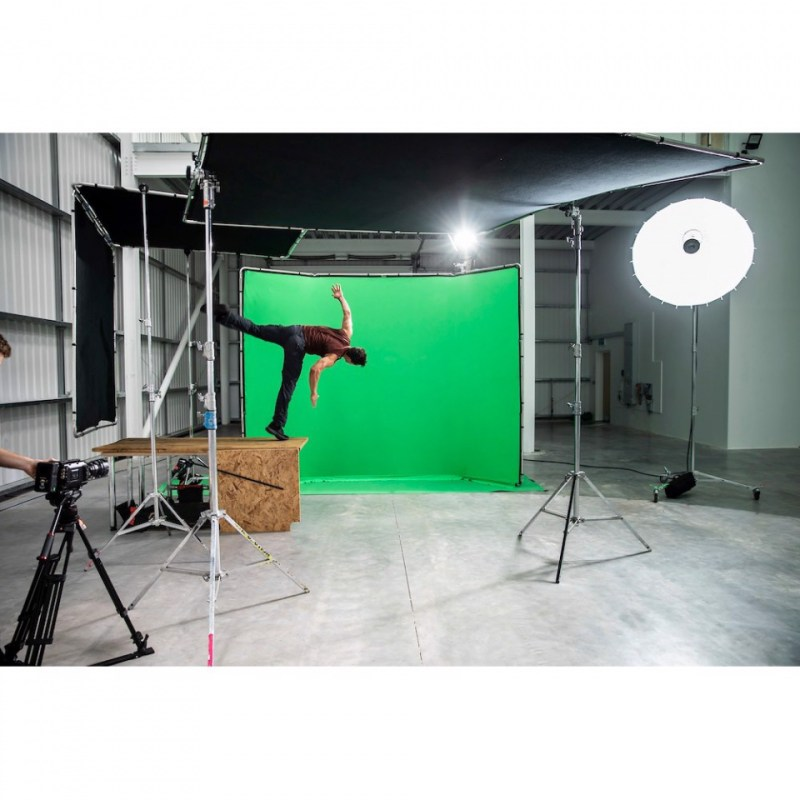 chroma key fx manfrotto 4x2 9m background in action 21