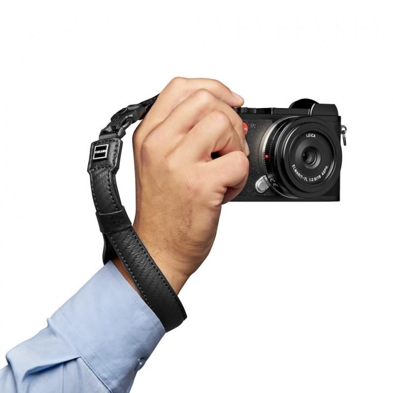 gitzo century camera straps gcb100ws inuse