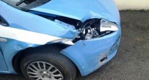 polizia_auto_incidentata-400x215