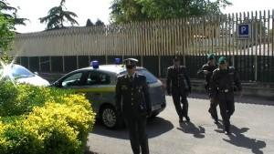 Sottrasse 4 kg di cocaina: arrestato un ufficiale della Guardia di Finanza