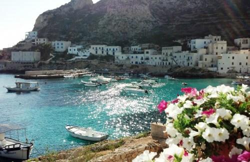 Skyscanner premia l'isola di Levanzo  tra i 12 borghi bianchi d'Italia
