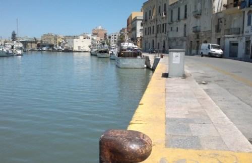 Colpi d'arma da fuoco, da motovedetta tunisina contro peschereccio di Mazara del Vallo