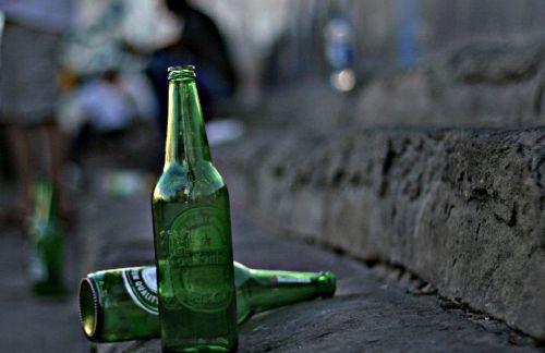 Campobello.  Sindaco vieta la vendita per asporto di qualsiasi tipo di bevanda, la consumazione di alcolici in luoghi pubblici e l'abbandono di qualsiasi tipo di rifiuto a Tre Fontane e Torretta Granitola