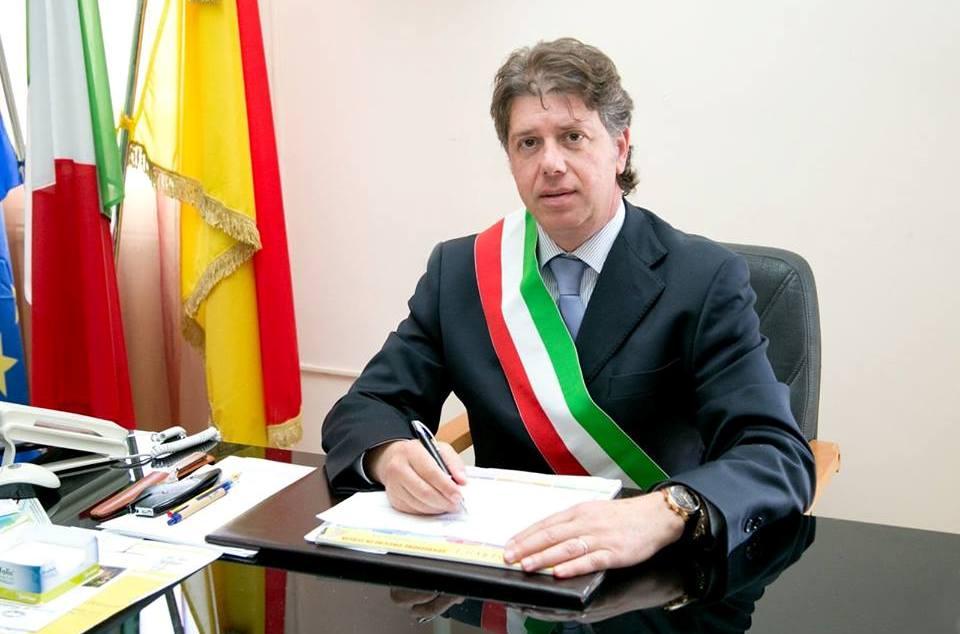 """Campobello. Il sindaco rassicura i genitori sulle condizioni del plesso """"De Amicis"""""""