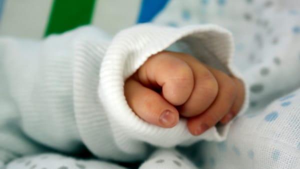 La storia del padre gay che ha adottato una bimba down