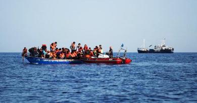 Motopesca con migranti fermo largo Malta: La Valletta non avrebbe autorizzato ancora lo sbarco