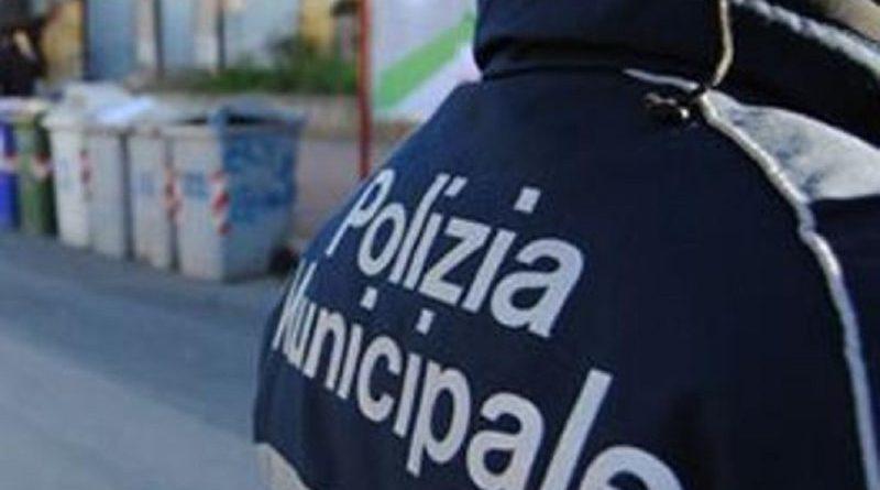 Partanna, scoperti due depositi abusivi di rifiuti dagli agenti di Polizia municipale