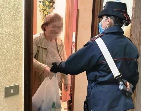Pollina. Carabinieri fanno la spesa per un'ultra centenaria