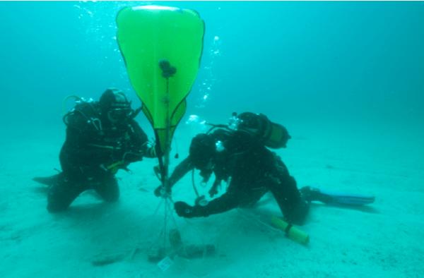 La Soprintendenza del Mare in collaborazione con la Guardia di Finanza e BCsicilia recupera un'ancoradi epoca ellenistico-romana