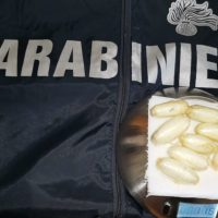 Caltanissetta, arrestato nigeriano residente a Campobello: nello stomaco, 10 ovuli con oltre 100 grammi di cocaina