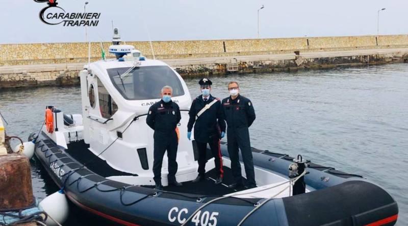 Favignana. I Carabinieri salvano due bagnanti in pericolo