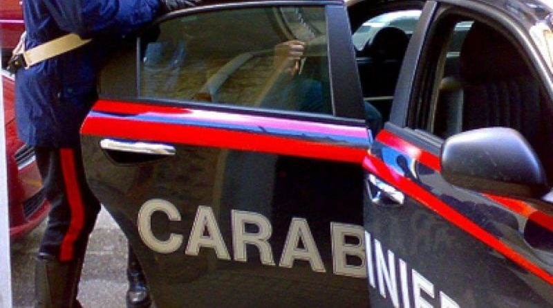 Marijuana e hashish in casa: arrestato 18enne nel palermitano