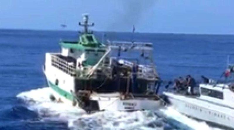 Lampedusa. Pesca illegale in acque territoriali italiane: abbordato peschereccio tunisino e arrestato il Comandante